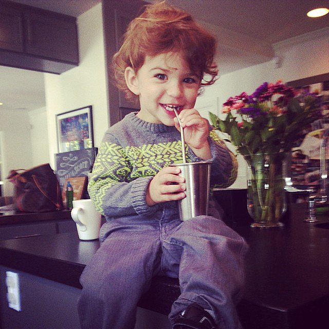 Brooks Stuber enjoyed a glass of almond milk sprinkled with cocoa with his mom, Molly Sims. Source: Instagram user mollybsims