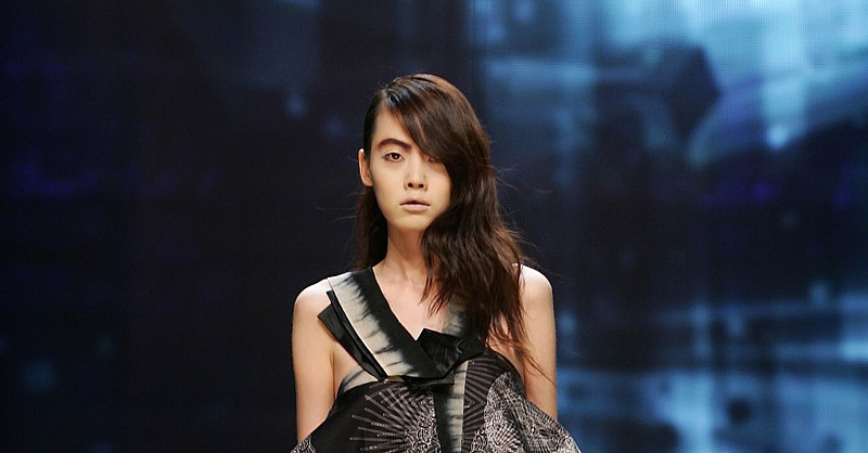 Seoul Fashion Week: Vack Yuun Zung Spring 2009