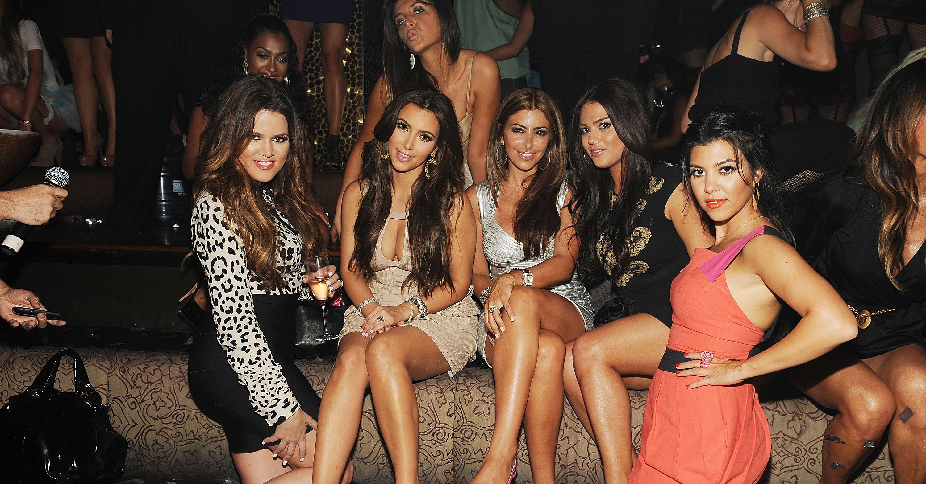 Live From Las Vegas >> Kim Kardashian was surrounded by her closest girlfriends. | Kim Kardashian Lets Loose in Vegas ...