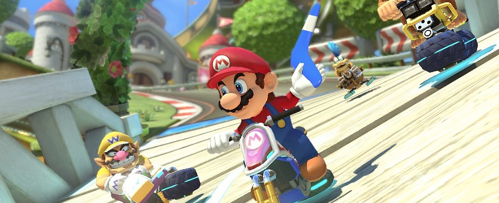Mario Kart Returns With New Tracks, New Weapons, New Characters!