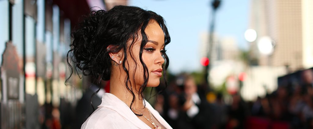 Did Rihanna Flash Back to the '90s?