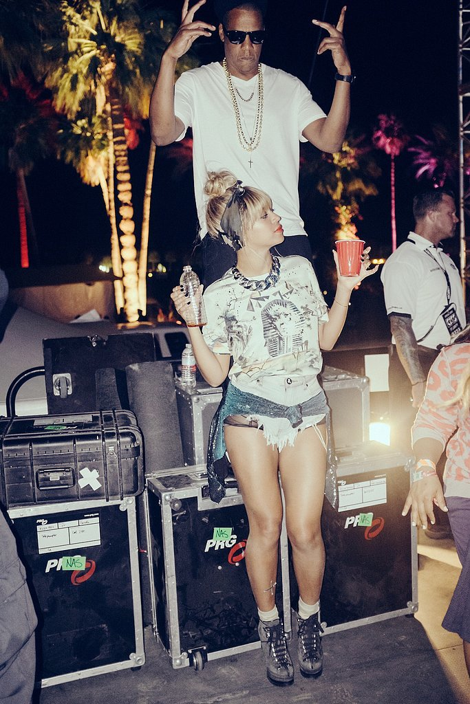 Beyoncé sipped from a red Solo cup while hanging out at Coachella in April 2014. Source: Tumblr user beyonce