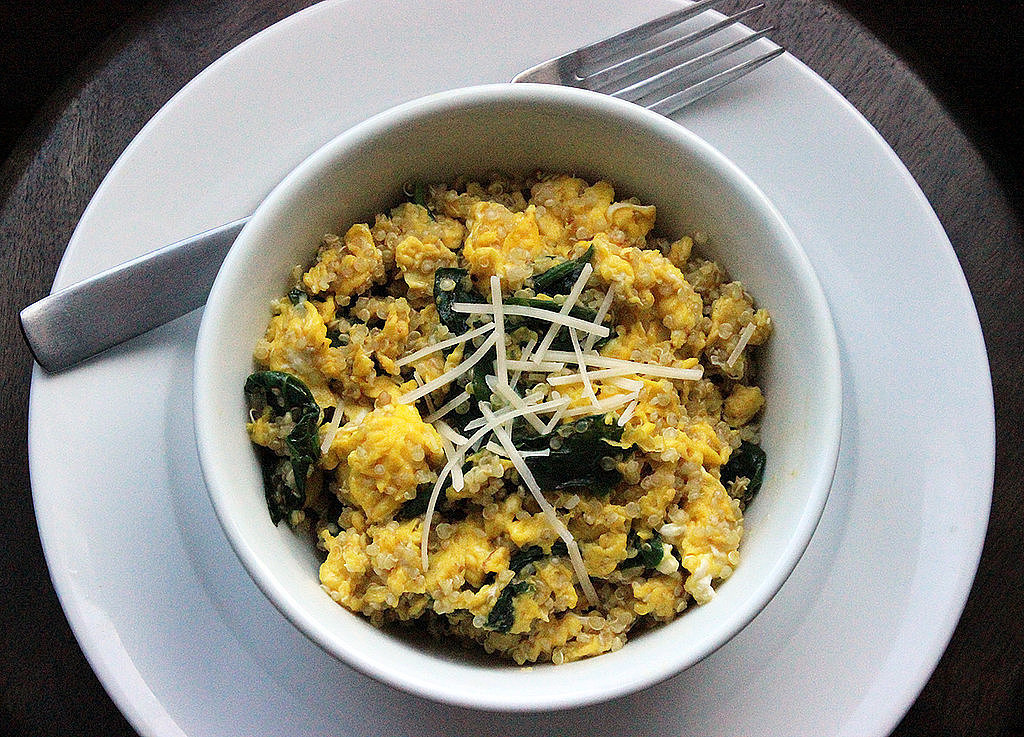 Breakfast: Quinoa Egg Scramble