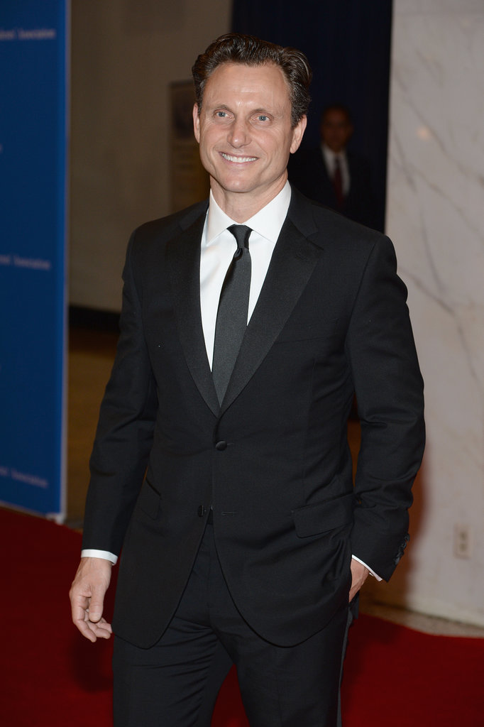 Tony Goldwyn looked dapper in a black suit.