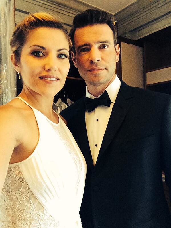 """Marika Dominczyk and Scott showed off their evening wear. """"Can't stop tweeting,"""" Marika wrote. Source: Twitter user TheMeanChick"""