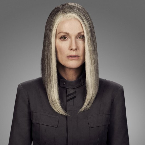 First Pictures Of Julianne Moore As Alma Coin In Mockingjay