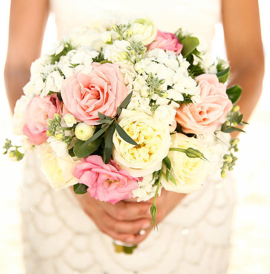 When it comes to planning the most important day of your life, it can be easy to justify just about any expense. Still, you can get the aesthetic and vibe you want without breaking the bank. Turn to POPSUGAR Smart Living to find ways to save on flowers, one of the most important — and potentially pricey! — aspects of your wedding. Photo by Melissa Green via Style Me Pretty