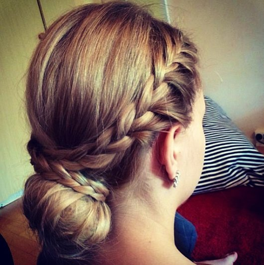 Low-Plaited Bun