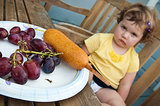 15 Crazy Ways Parents Try to Get Their Kids to Eat