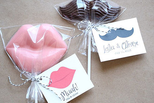 Muah and Mustache Favor Tag