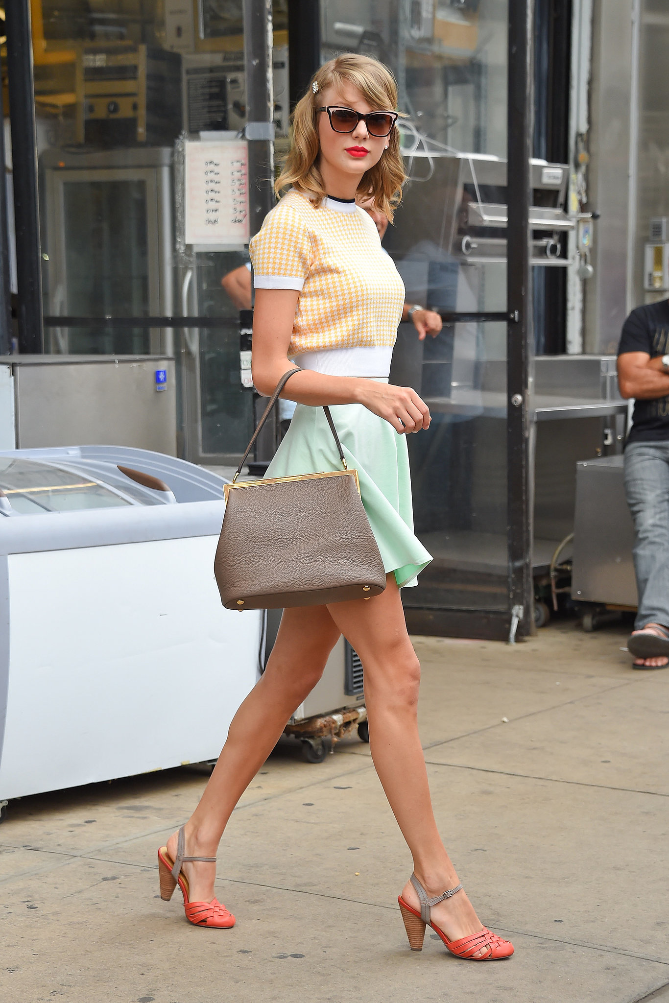 Taylor Swift Street Style Another Day Another Perfectly Polished Outfit By Taylor Swift