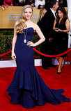 Amanda Seyfried is another Zac Posen fan. She chose a remarkable midnight-blue mermaid dress for the Screen Actors Guild Awards in 2013.