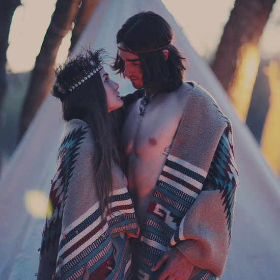 Bohemian-Vintage Engagement Photo Ideas