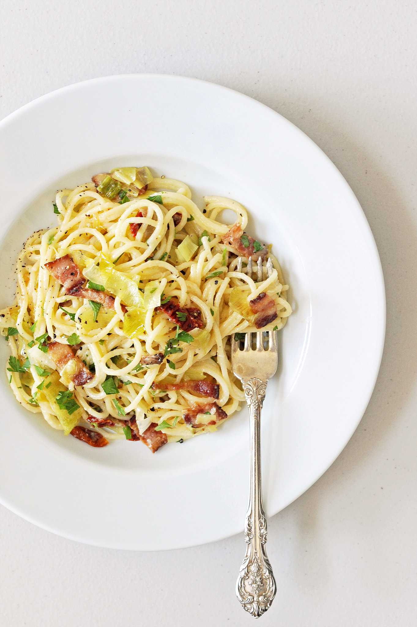 ... and Easy Dinner: Pasta Carbonara With Leeks and Sun-Dried Tomatoes