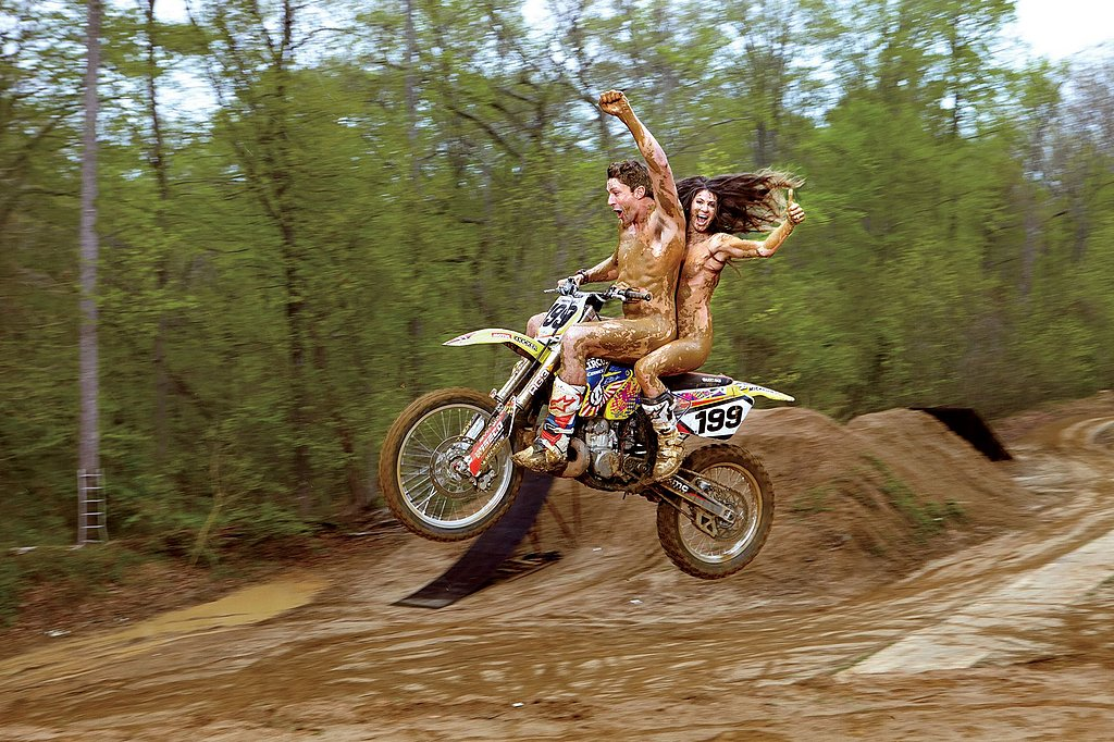 Travis and Lyn-z Pastrana, Skateboarding and Supercross