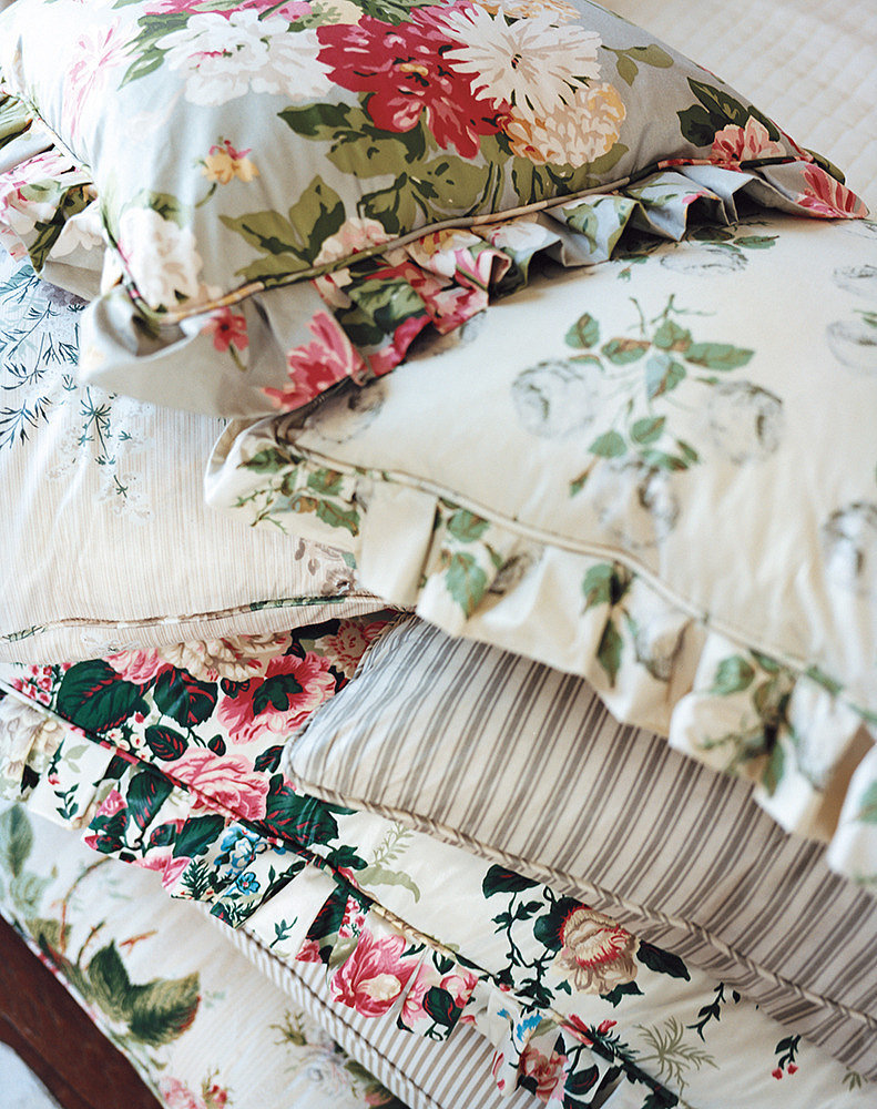Kitschy or Mismatched Sheets
