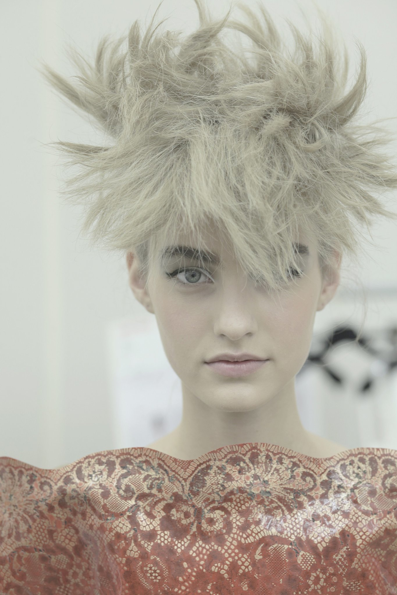 Source: 2014-15 Autumn-Winter Chanel Haute Couture Show ...