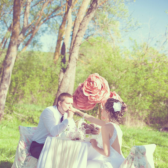 Look Flawless in Your Wedding Engagement Photos