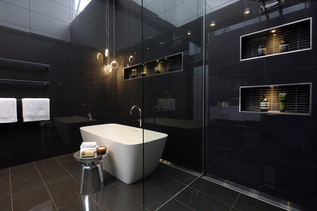 The block glasshouse 2014 chris and jenna perfect bathroom for Best bathrooms in australia