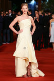 This pale yellow Dior gown was elegant and ladylike on Jennifer, but she amped up the look with a few metallic accessories.