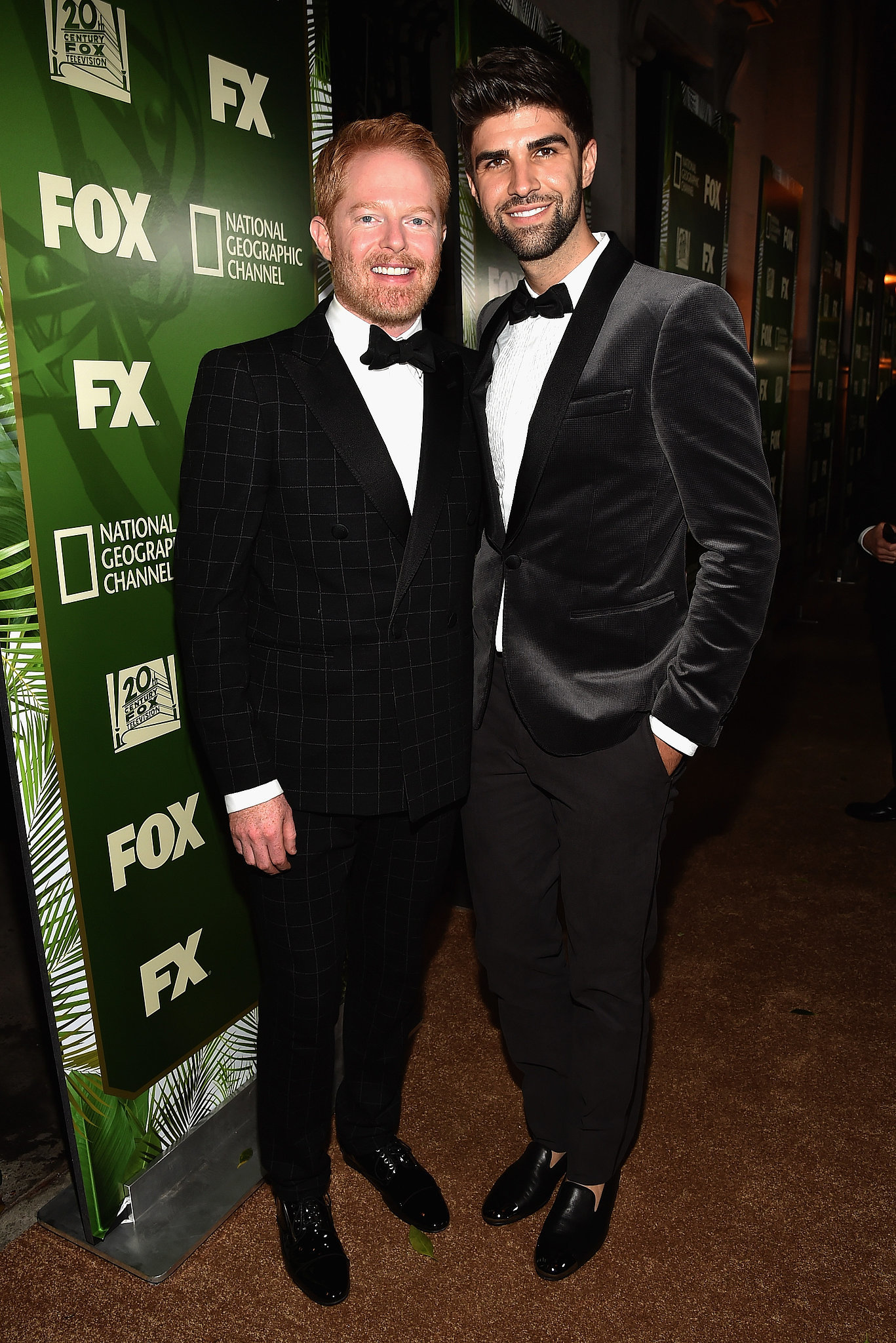 jesse tyler ferguson was all smiles with his husband justin mikita it 39 s party time see all. Black Bedroom Furniture Sets. Home Design Ideas
