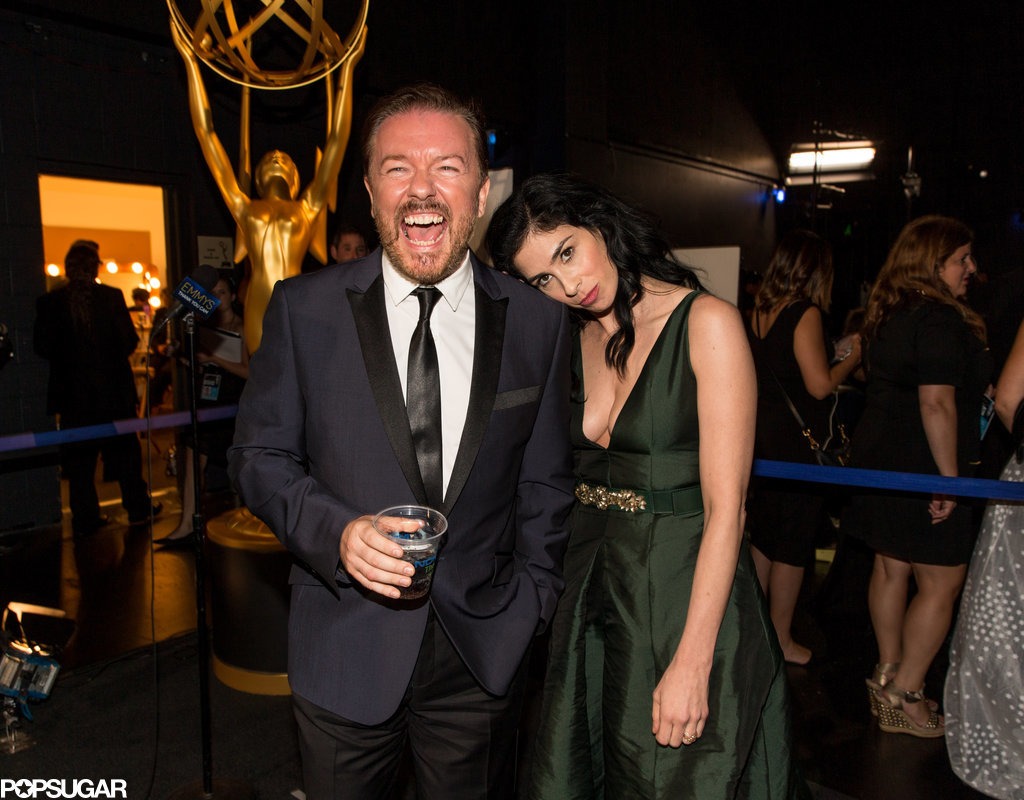 Sarah Silverman leaned on Ricky Gervais backstage.