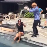 Courteney Cox's Ice Bucket Challenge | Video