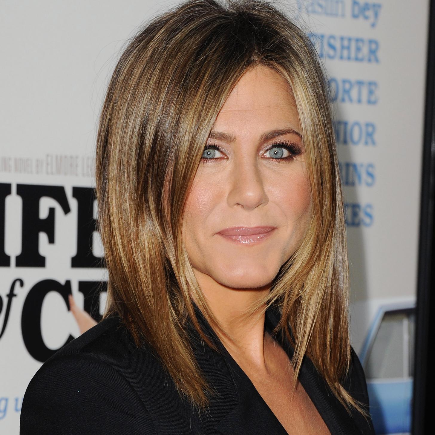 """... York, New York - Jennifer Aniston. """"We're bet365 punkte umwandeln bet365 keine punktzahl bohrung The Millers"""" World Premiere"""