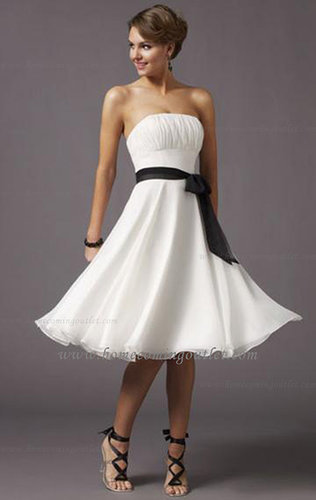 Knee-length Chiffon Column Strapless Sleeveless Homecoming Dress
