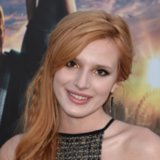 Bella Thorne Best Beauty Looks