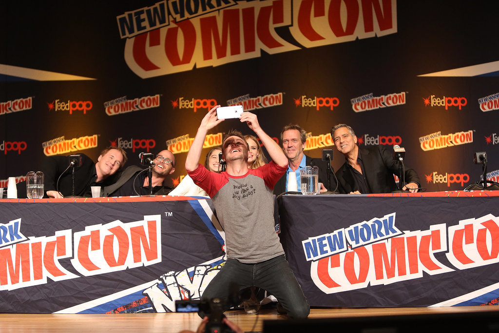 George Clooney Tomorrowland visit ComicCon New York in October - Page 2 He-Posed-Selfie-Chris-Hardwick