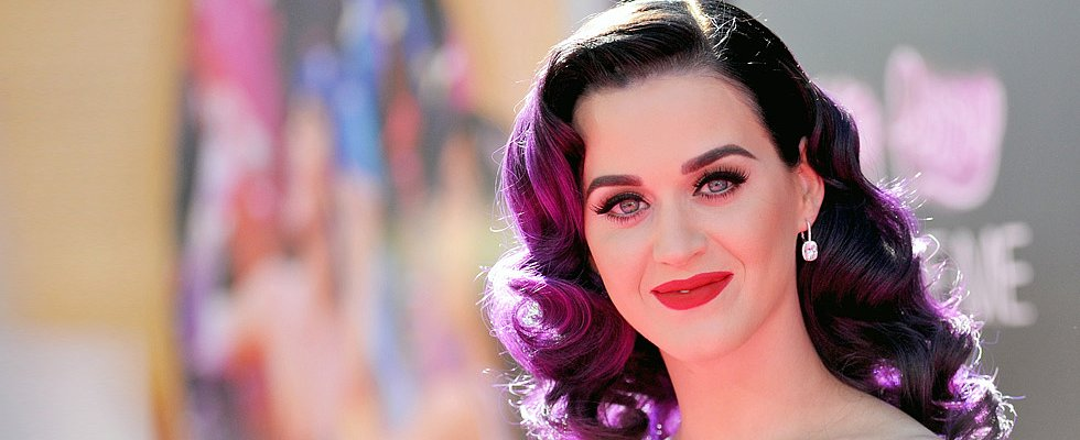 What Haute Hair Hue Will Katy Perry Wear for the Superbowl?