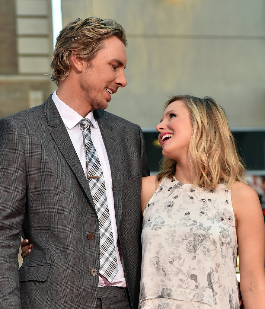 Kristen bell and dax shepard cute pictures popsugar for Dax shepard and kristen bell wedding