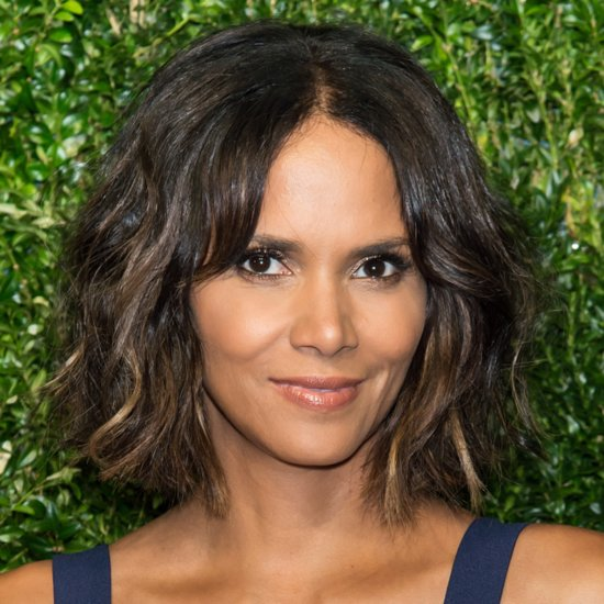 Halle Berry's Wash-and-Go Wob Is Surprisingly Sexy