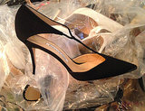 Fashion Editor Called Out for Bad Behavior at the Manolo Sale