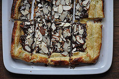 An Incredibly Easy Dessert: Puff Pastry with Chocolate and Almonds