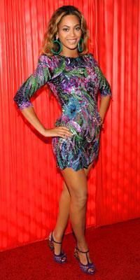 Top 9 Most Daring Dresses of 2009