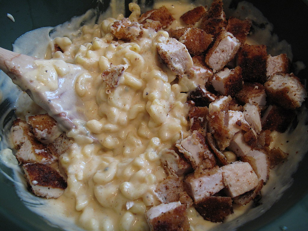 Photo Gallery: Buffalo Chicken Macaroni and Cheese