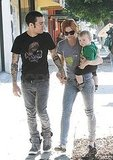 Photos of Ashlee Simpson, Pete Wentz and Bronx in LA