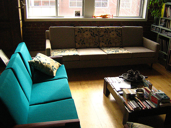 Turquoise with deeper green tones is really sharp and masculine. It mixes well with soft yellows and warm browns. Source: Flickr User luce_beaulieu