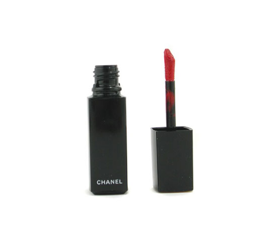 A Bold, Highly Pigmented Orange-Red