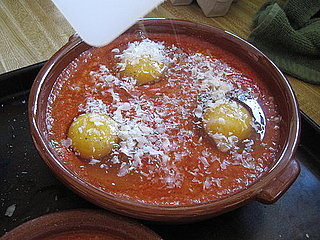 Eggs Baked in Tomato Sauce Recipe 2009-12-03 16:43:20