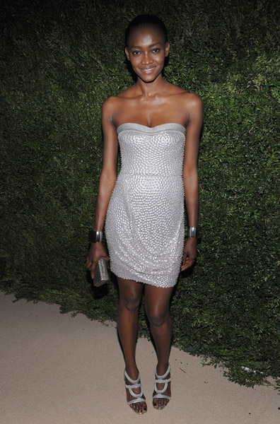 Model Oluchi Onweagba in Rachel Roy