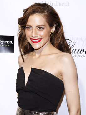 Ashton Kutcher, Alicia Silverstone, Lindsay Lohan and Other Celebs Pay Tribute to late Brittany Murphy, No Foul Play Suspected