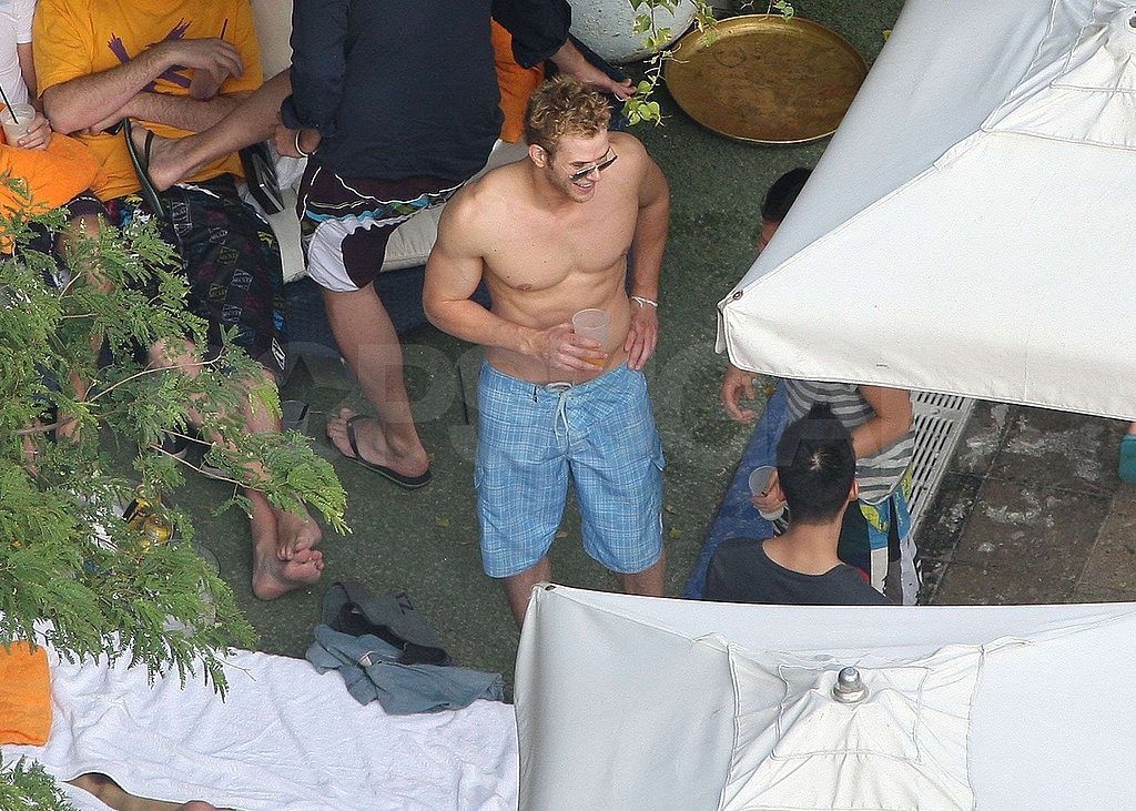Photos of Shirtless Kellan