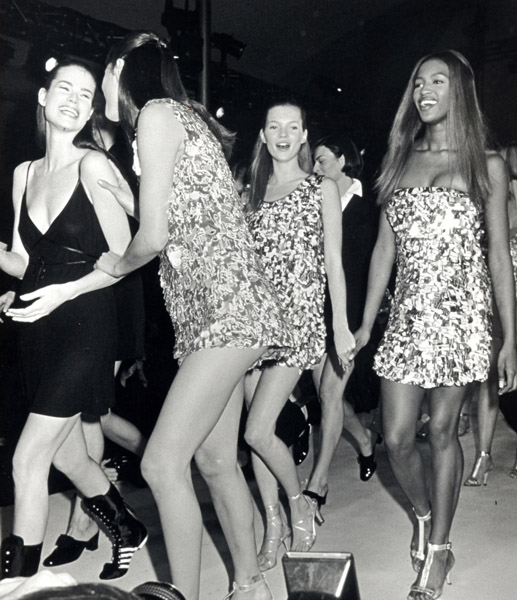 1993: Backstage at Isaac Mizrahi with Christy Turlington and Naomi Campbell