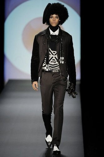 Paris: Jean Paul Gaultier Men's Fall 2009