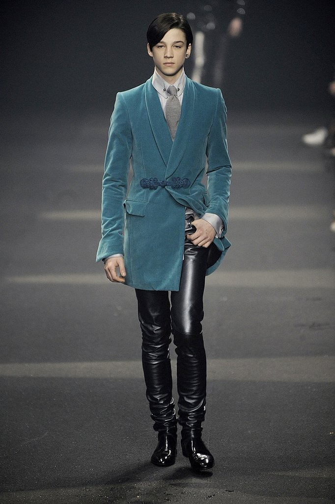 Paris: Thierry Mugler Homme Fall 2009