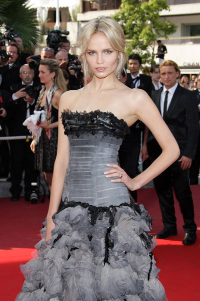 May 20: Natasha Poly, in Roberto Cavalli, at Inglourious Basterds premiere