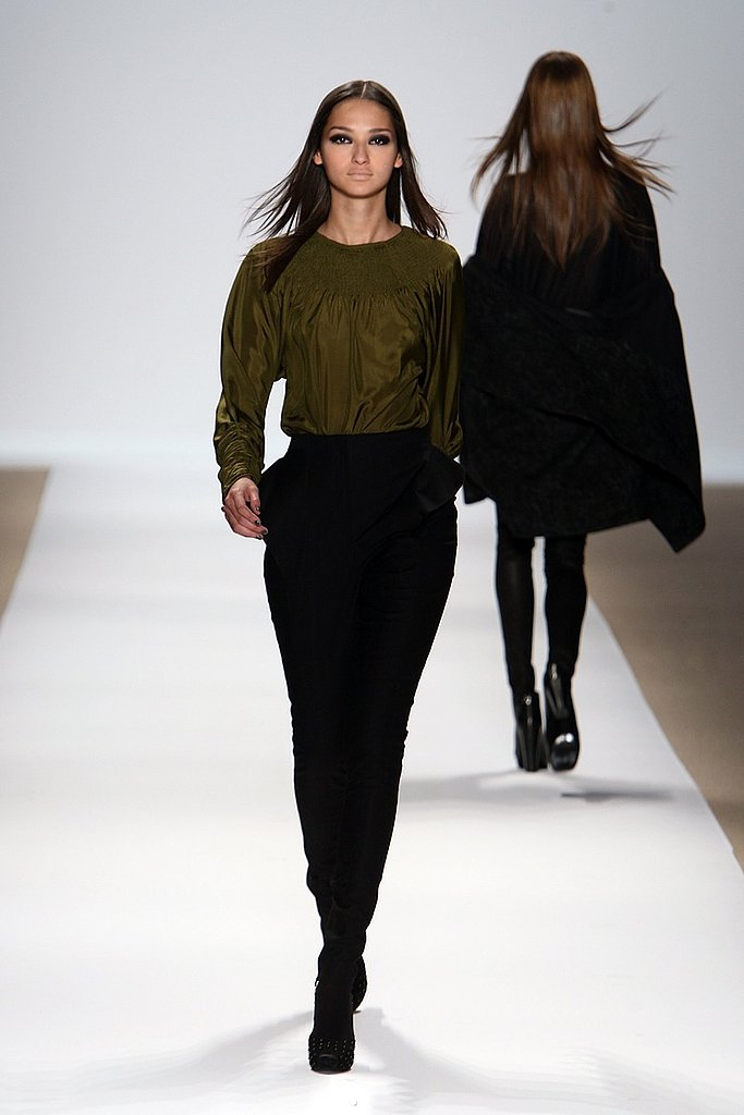 New York Fashion Week: Yigal Azrouel Fall 2009